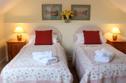 Twin Bedroom, Oystercatcher Cottage, Outchester & Ross Farm Cottages, Northumberland